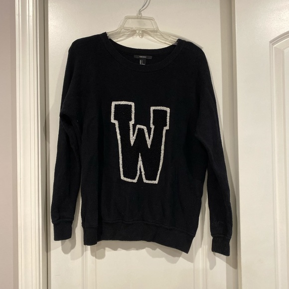 Forever 21 Sweaters - Cozy Black Sweater